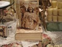 Altered Arts & Crafts