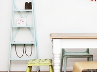 ... over houten ladder op Pinterest  Kratten, Ladder en Houten ladders