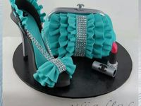 bags and heels cakes