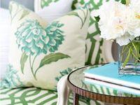 sillas y tapices