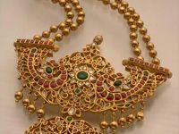 Antique bridal jewelry