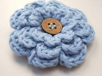 All kinds of crocheted flowers, some with patterns to make them, others just for inspiration.