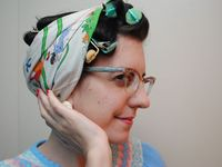 Vintage or modern hints and instructions how to create vintage hairstyles.