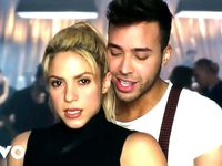 Shakira Me Enamore Official Video Shakira Videos De Musica