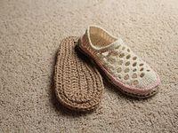 1000+ images about zapatos alcrochet on Pinterest | Crochet Slippers