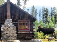 Nothing like a beautiful wood lake house to make a girl feel like a princess.
