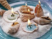 If you love the beach, you will love this board. Lots of sea shells and driftwood.