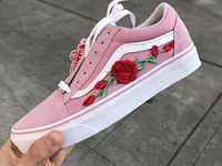 vans con rose