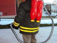 les 12 meilleures images du tableau anniv pompier sur pinterest anniversaire sam le pompier. Black Bedroom Furniture Sets. Home Design Ideas