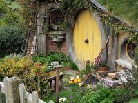 Hobbit House On Pinterest Hobbit Houses Hobbit And Hobbit Hole