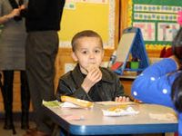 Should Students Be Allowed to Eat During Class?