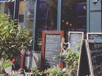die 91 besten bilder von caf s und restaurants in k ln cologne diners und food stations. Black Bedroom Furniture Sets. Home Design Ideas