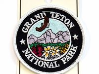 National Park Series 2 Pcs Embroidered Patch Iron Sew-on Souvenir Travel