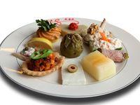 Meze ve  Ordövr Meyve Tabağı Kahvaltı  Sofrası Yemek Masası