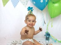 Ideas for planning my grandkids first birthday photo shoots in celebration of this milestone