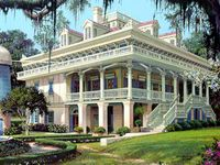 Old Homes I Love On Pinterest Kentucky Louisville Kentucky And Mansions