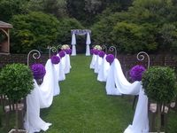 Victoria Green Ceremonies / Victoria Green is an outdoor ceremony space that can fit up to 180 people.