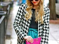 Houndstooth print outfits / houndstooth print | check | fashion | skirt | jacket | coat | pants | shawl | winter style | fall style | black and white outfit | style | women's fashion | outfit