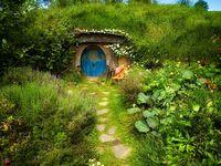Hobbit Home Style On Pinterest Hobbit Houses Hobbit Hole And Hobbit