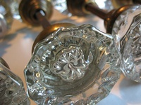 Vintage hardware and glass globes on pinterest for Glass globe doorknob