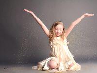 Gracie's Glitter Photo Shoot!