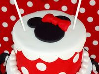 Mickey Mouse & Minnie Mouse cakes