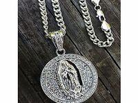 Accessory Pendant Necklace / Gorgeous pendant necklaces for women and men