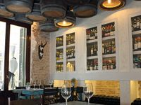 Cafe and restaurant space designs