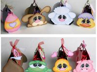 Fun favors and gifts with lots of tutorials.