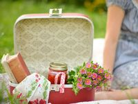A collection of beautiful outdoor settings, perfect for picnics, bbq's and receptions.