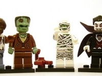 LEGO Reddish Brown Indiana Jones Minifigure Side Messenger Neck Pouch