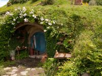 Hobbit Hole On Pinterest Hobbit Hobbit Houses And Hobbit Home