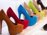 n0THinG LiKe a GrEAt pAiR oF pUmPs ~ wEdGEs ~ pLaTf0rMs & s0MetiMes FLaTs 2 pUt U iN DiVa m0dE.