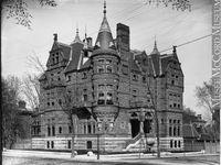 GOLDEN SQUARE MILE MONTRÉAL - MAISONS HISTORIQUES / Les maisons historiques de Montréal qui appartenaient à la haute société montréalaise et canadienne.
