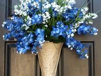 Wreaths/Door Decorations