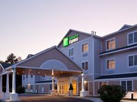 The Holiday Inn Express Hotel Suites Freeport Maine Hotel