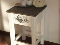 furniture / mini table with angel