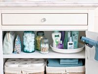 ORGANIZING/DECLUTTERING/CLEANING