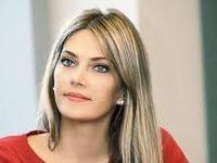 Kaili hot eva Sethrida Geagea
