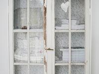 shabby chic wallpaper. Black Bedroom Furniture Sets. Home Design Ideas