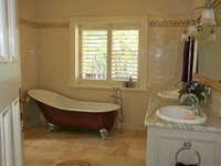 Inspiration and ideas for a beautifully designed and appointed bathroom, including ensuite, children's bathroom and powder room.