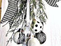 Black & White Christmas 2018