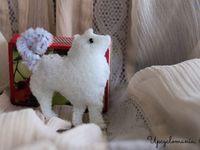 DIY Brooches / Rintakorut / Iloa ja koristusta arkeen ja juhlaan / charms, plush animals and dolls, felt brooches and more...