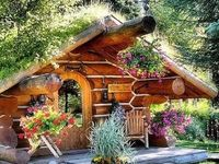 Images About Tiny Homes Tree Houses And Hobbit Holes On Pinterest