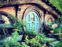 Hobbit Houses On Pinterest Cob Houses New Zealand And Hobbit Hole