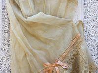 8. fashion=victorian/vintage/bohemian/gypsy--so-o-o-o ME