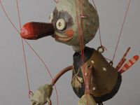 Marionettes and puppets
