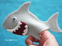 Animal Wildlife Safari Hand Glove Puppet Soft Plush Puppets Kid Children Toy Shark Kc1267