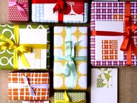 [ Wrapping gift ]