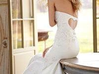 collection of gorgeous dresses for any occassion (especially weddings)
